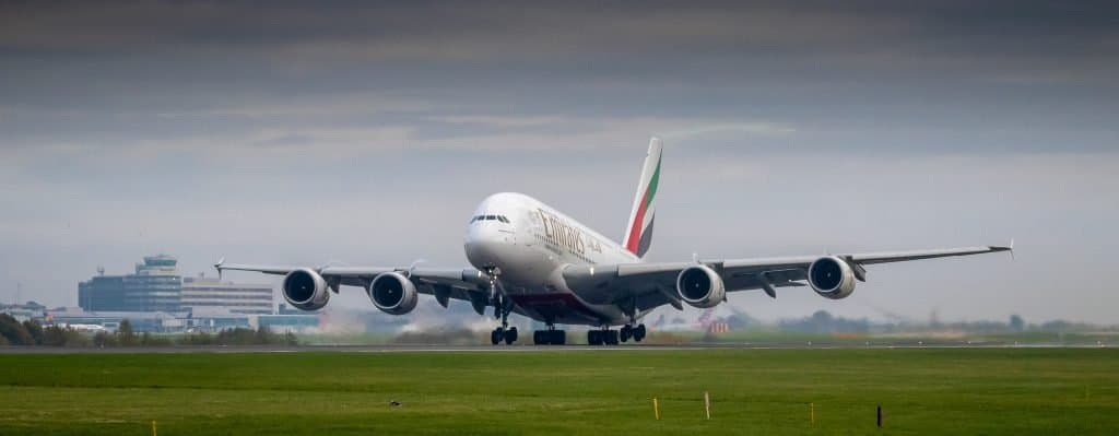Glasgow Airport Taxi Emirates A380 landing